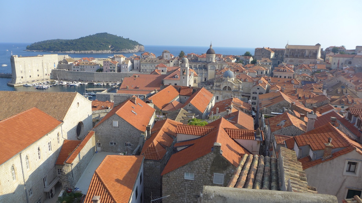 02-dubrovnik-city-walls