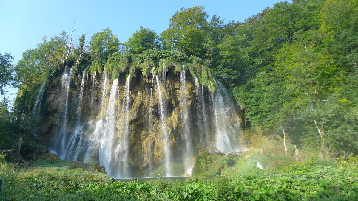 14-plitvice-waterfalls