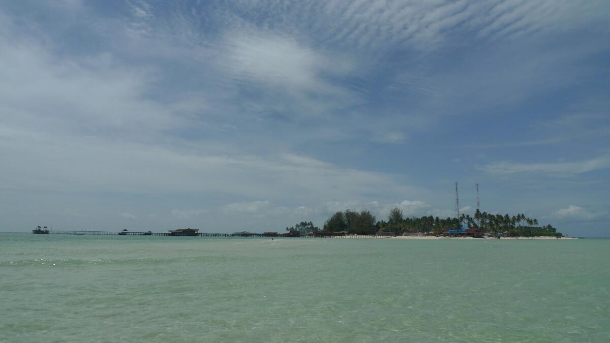 01-derawan-island